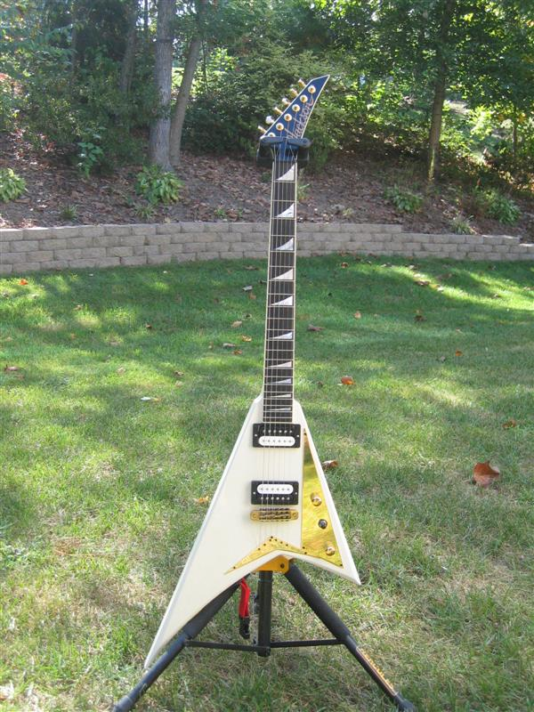 Les Randy tribute guitars Jackson%20JCF-01%20Rhoads%20(1)